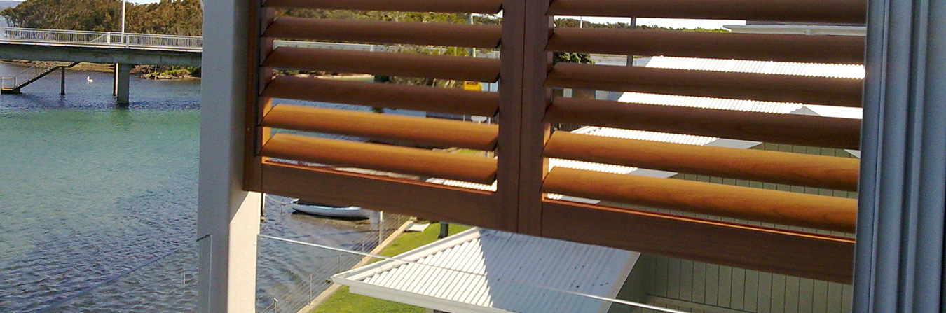 Aluminium-Woodgrain-Shutters-Open