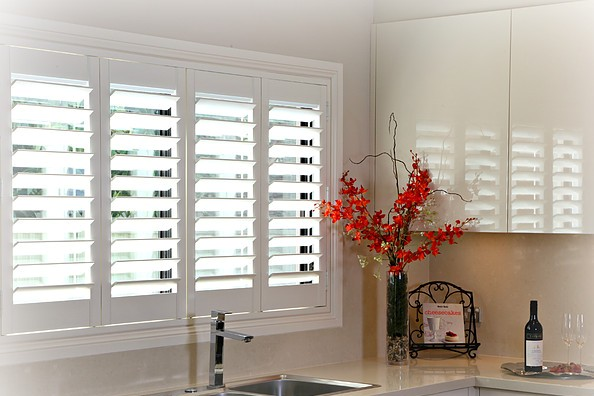 Thermo Kitchen Plantation Shutters